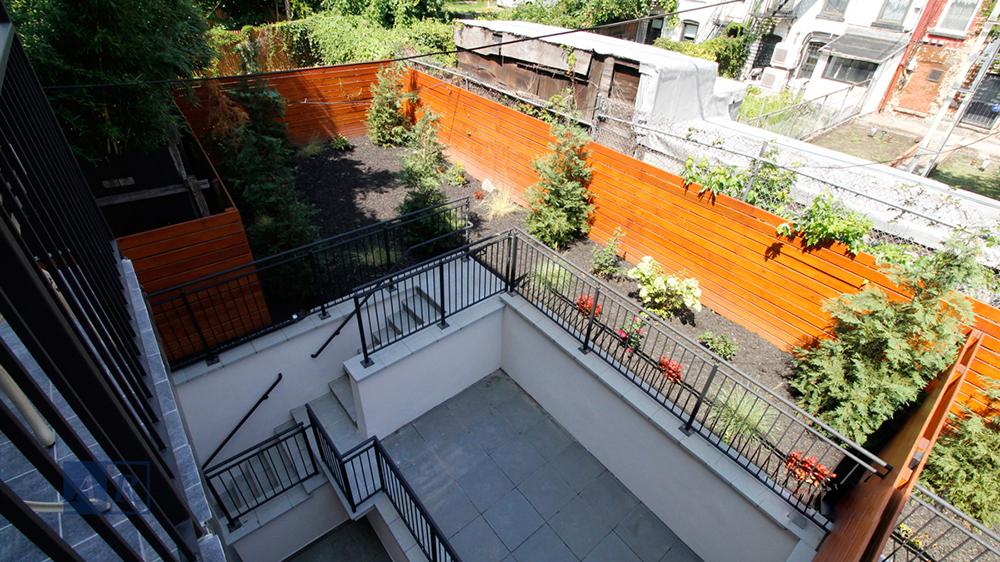 condo in Carroll Gardens 2B patio